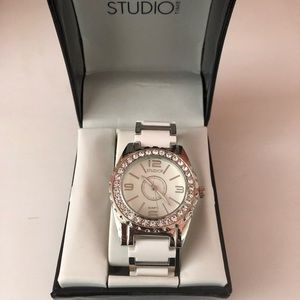 Studio Time Women's White Silver Diamond Watch